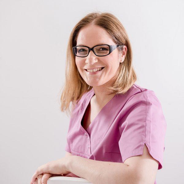 Frau Markovic - Prophylaxe - Zahnarztpraxis Sabine Quack, Berlin Friedrichshain